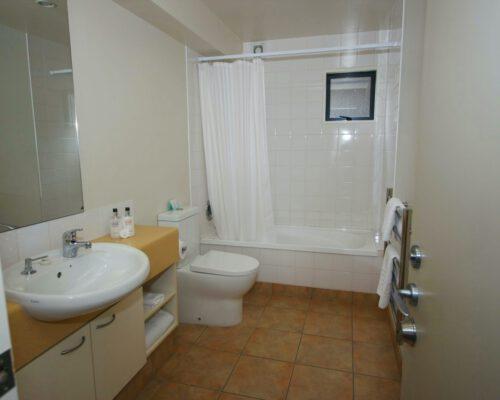 the-moorings-wanaka-apartments-10