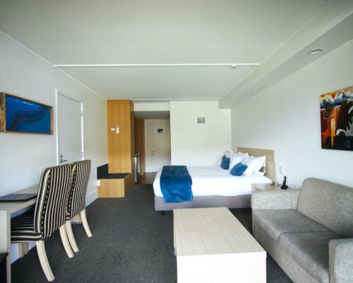 the-moorings-wanaka-studio-accommodation-3